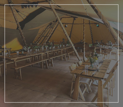 Tipi Layouts button with example of trestle table layout